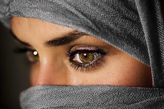Joels-12-Muslim-woman